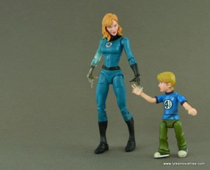 Marvel Legends Invisible Woman figure review -with Franklin