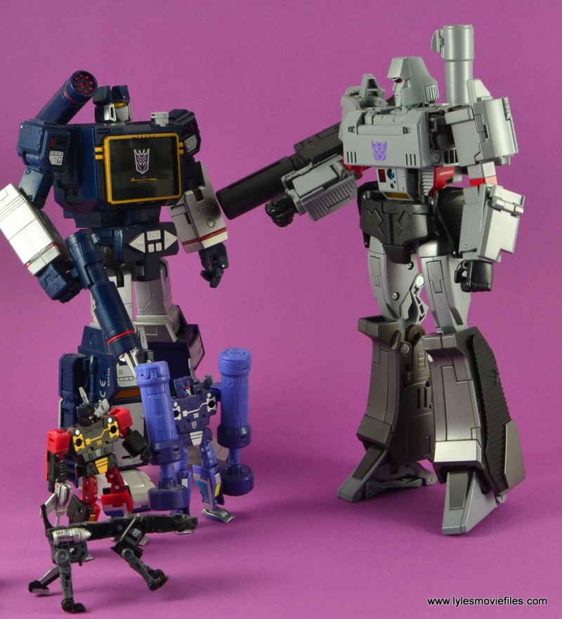 Transformers Masterpiece Megatron figure review -ordering Soundwave, Ravage, Rumble and Frenzy