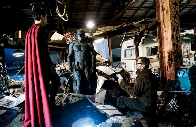 Zack Snyder with Henry Cavill and Ben Affleck