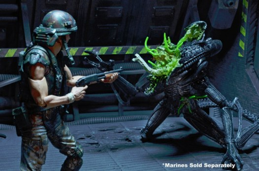 Aliens 12 reveals - Aliens damage tight