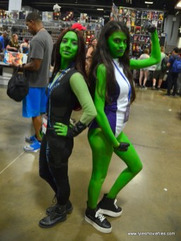 Awesome Con 2017 Day 2 cosplay - Gamora and She-Hulk