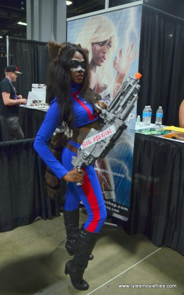 Awesome Con 2017 Day 2 cosplay - Maki as comic Rocket Raccoon