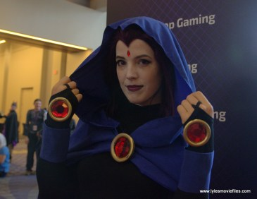 Awesome Con 2017 Day 2 cosplay - Raven wide