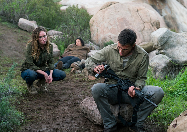 Fear the Walking Dead The New Frontier - Alicia, Luciana and Jake