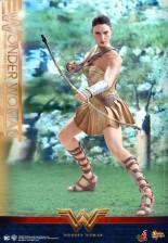 Hot Toys Wonder Woman Training Armor Version - with bow and arrow