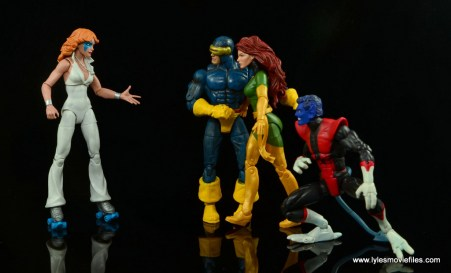 Marvel Legends Dazzler figure review -helping Cyclops, Phoenix and Nightcrawler