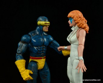 Marvel Legends Dazzler figure review -talking to Cyclops