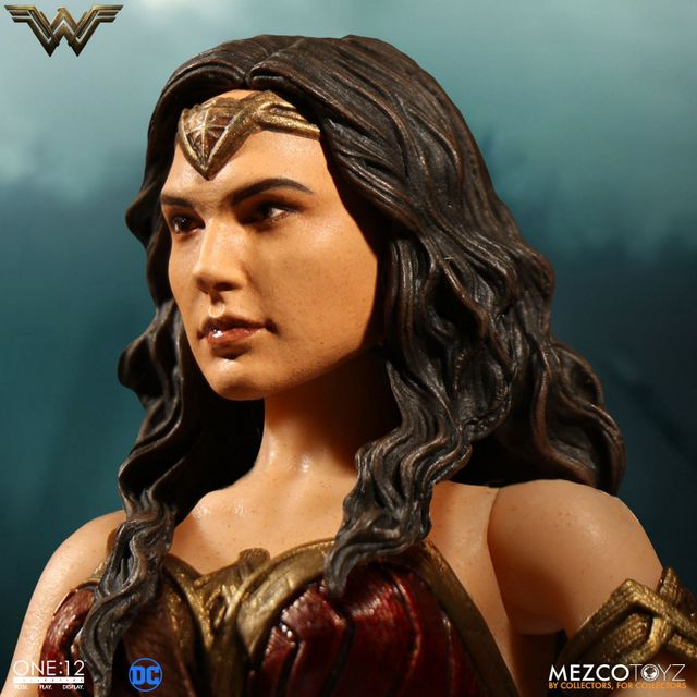 Mezco Toyz One 12 Wonder Woman figure - face close up