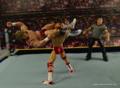 WWE Elite Flyin Brian figure review -flying head scissors