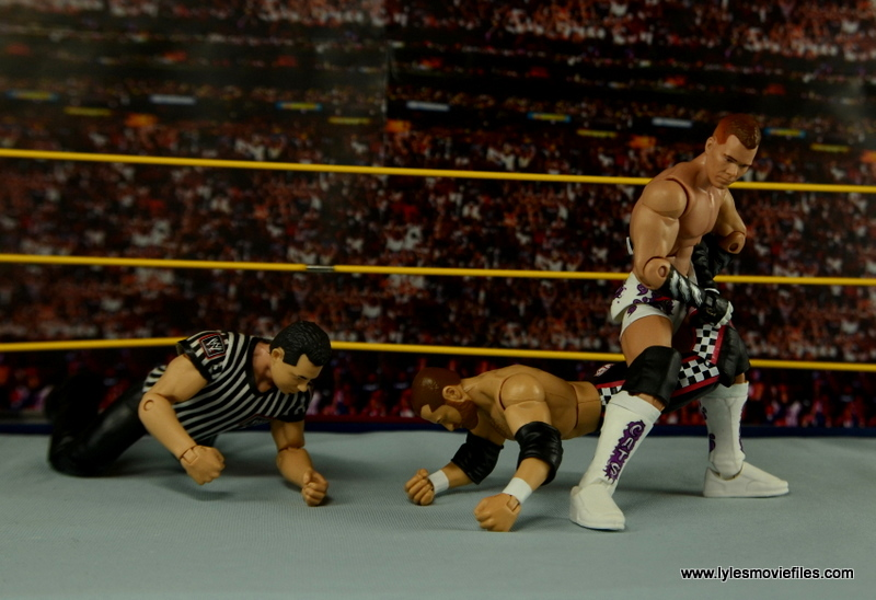WWE Elite Tyson Kidd figure review - sharpshooter to Sami Zayn