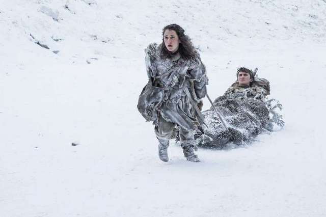 Game of Thrones Dragonstone - Meera and Bran