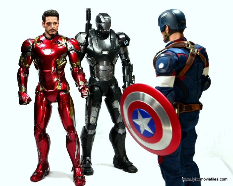 Hot Toys Captain America Civil War Iron Man figure review - with War Machine confronting Captain America