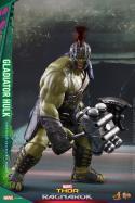 Hot Toys Thor Ragnarok Gladiator Hulk figure -long shot