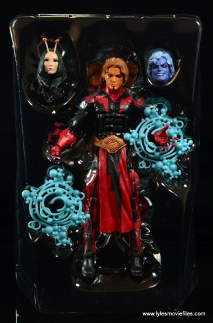 Marvel Legends Adam Warlock figure review - accessories in tray