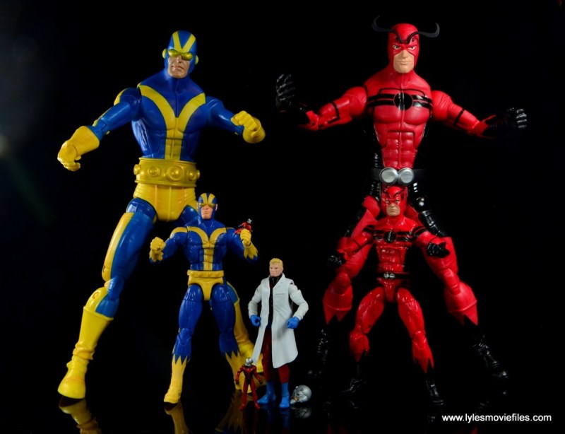 Marvel Legends Ant-Man SDCC 2015 set review - sets of Goliath and Giant Man