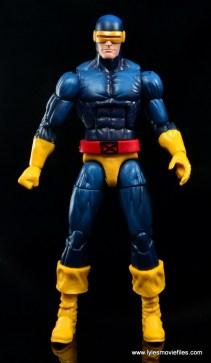 Marvel Legends Cyclops and Dark Phoenix figure review -Cyclops front