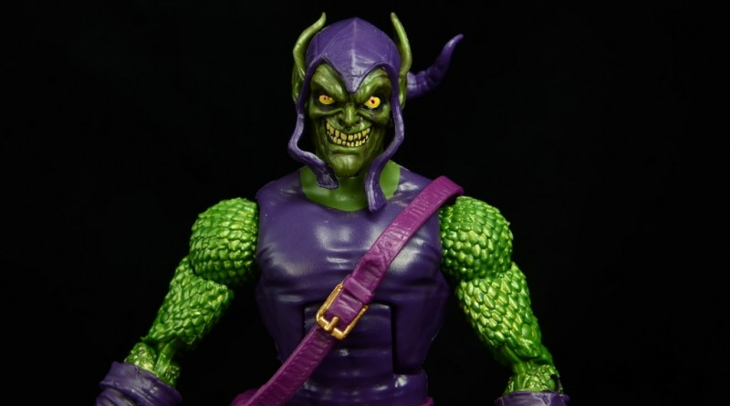 Marvel Legends Green Goblin figure review -main