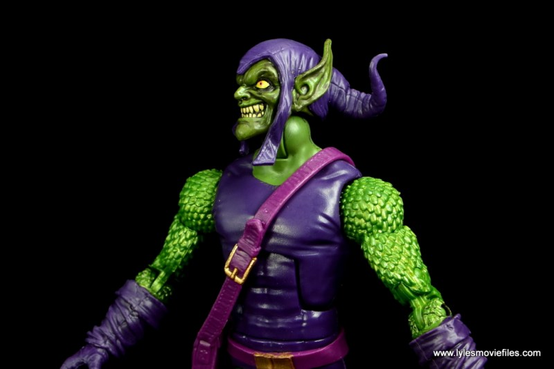 Marvel Legends Green Goblin figure review -side closeup