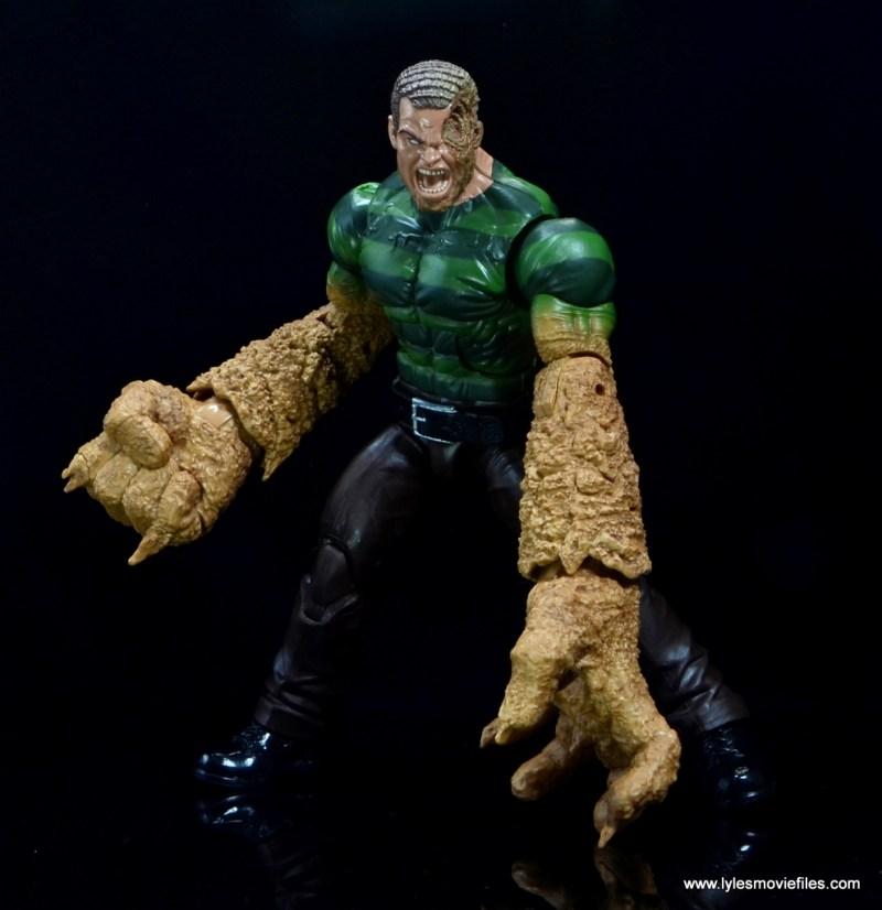 Marvel Legends Sandman figure review - two hands