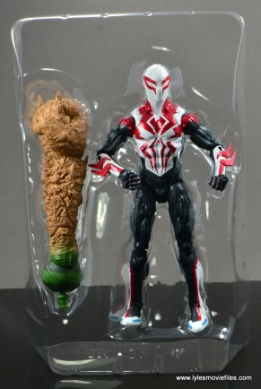 Marvel Legends Spider-Man 2099 figure review - accessories in tray