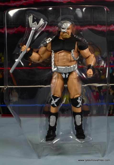 WWE The Warlord figure review -accessories in tray