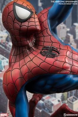 marvel-the-amazing-spider-man-premium-format-details