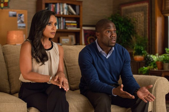 Central Intelligence - Danielle Nicolet and Kevin Hart