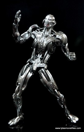 Hot Toys Avengers Ultron Prime figure review -ready to fight