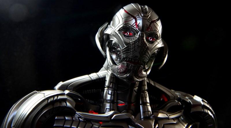 Hot Toys Avengers Ultron Prime figure review -side portrait