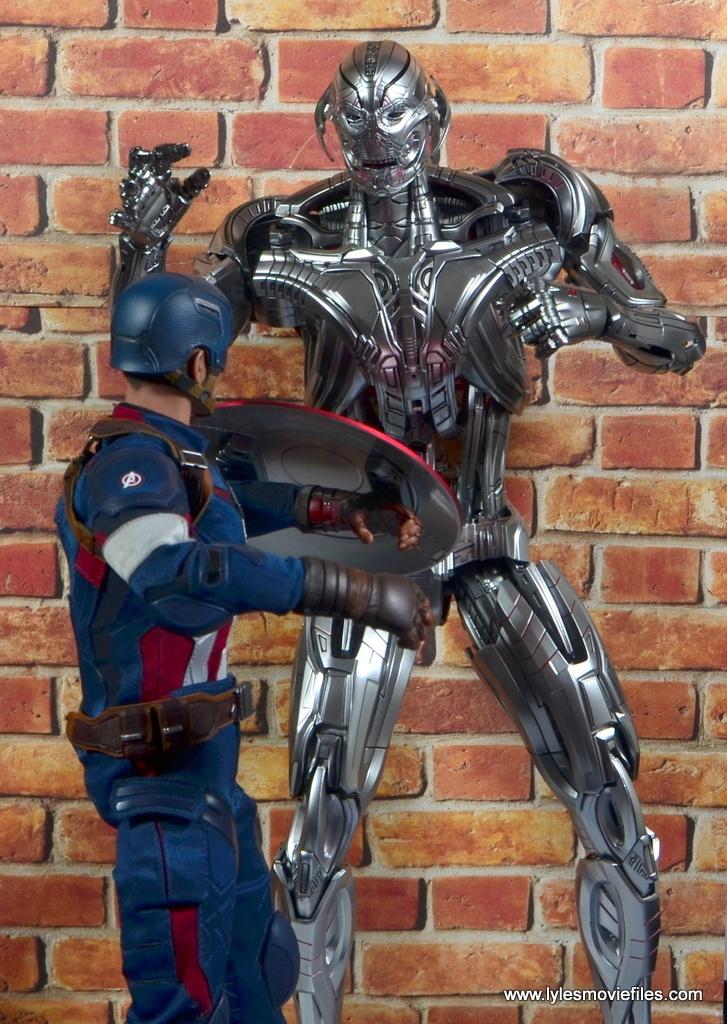 Hot Toys Avengers Ultron Prime figure review - vs Captain America