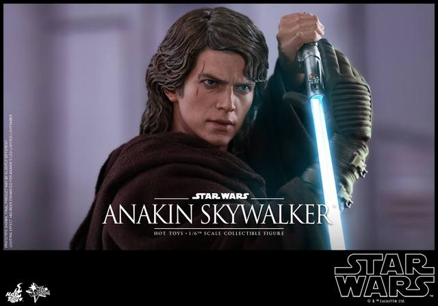 Hot Toys Revenge of the Sith Anakin Skywalker - closeup