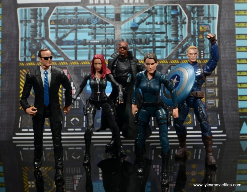 Marvel Legends Avengers Initative figure review - SHIELD assemble