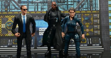 Marvel Legends Avengers Initiative figure set review
