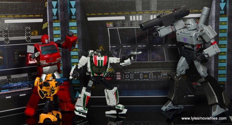 Transformers Masterpiece Wheeljack figure review -Ironhide, Bumblebee vs Megatron
