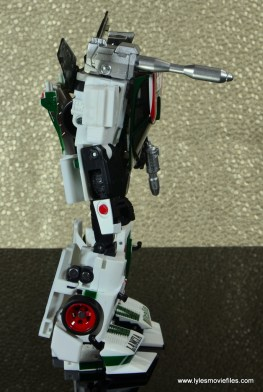 Transformers Masterpiece Wheeljack figure review -right side bot mode