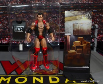 WWE Elite 51 Scott Hall figure review -accessories in tray