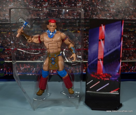 WWE Elite Tatanka figure review - accessories