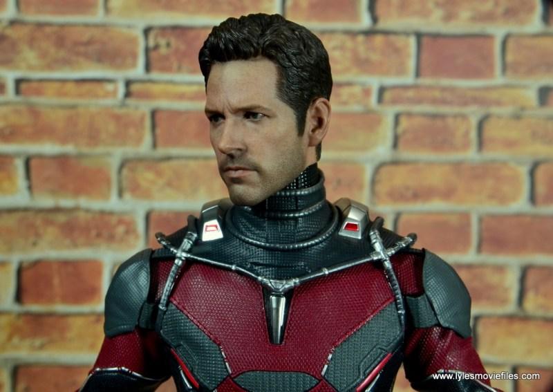 hot toys captain america civil war ant-man figure review -head sculpt side view