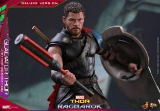 Hot Toys Gladiator Thor figure -with mace