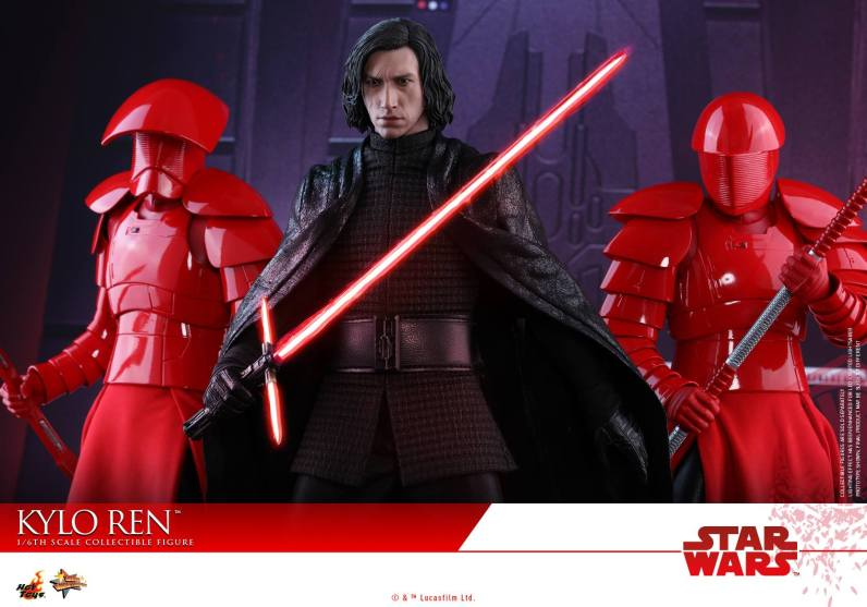 Hot Toys The Last Jedi Kylo Ren - with knights