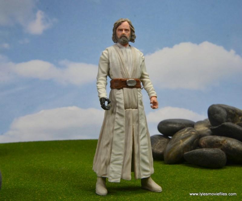 Star Wars The Last Jedi Master Luke Skywalker figure review -standing
