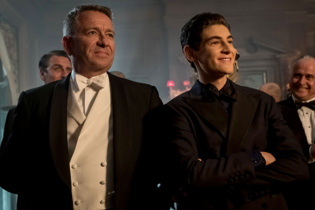 Gotham They Who Hide Behind Masks review - Alfred and Bruce