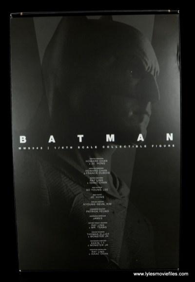 Hot Toys Batman v Superman Batman figure review -inner sleeve