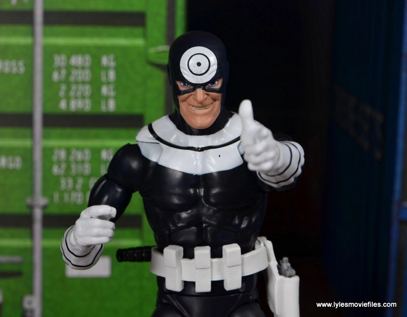 Marvel Legends Bullseye figure review - aiming hand closeup