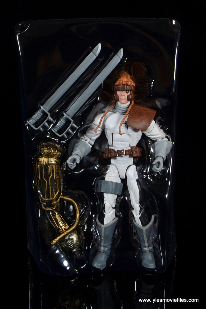 Marvel Legends Shatterstar figure review - accessories in tray