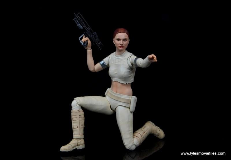 SH Figuarts Padme figure review -kneeling