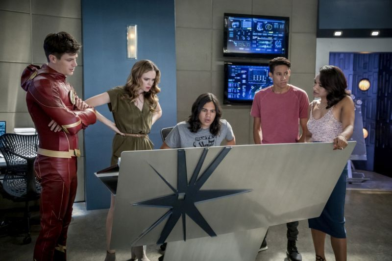 The Flash Mixed Signals review - Team Flash