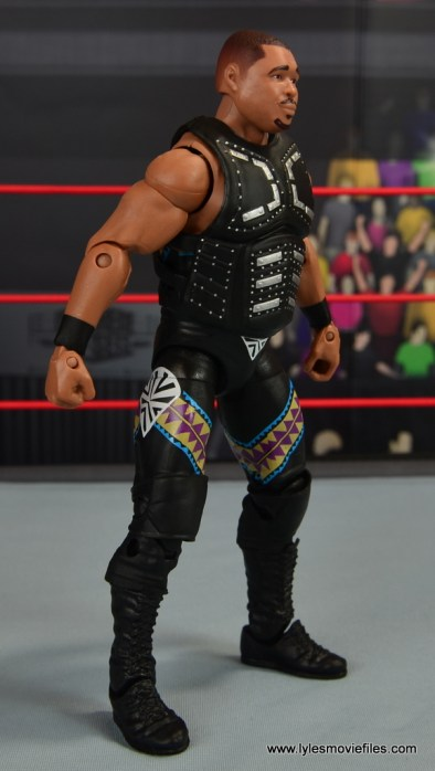WWE Elite D-Lo Brown figure review -right side