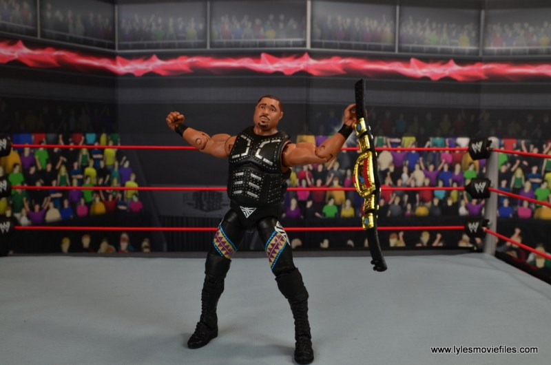 WWE Elite D-Lo Brown figure review -wide shot