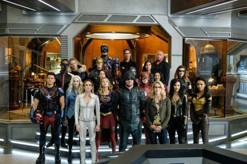 Legends of TomorrowCrisis on Earth-X Part 4 review -the heroes